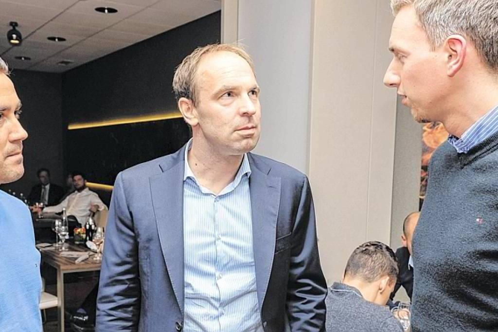 Schalke ermöglicht zwei Stipendiaten das Studium | waz.de ...
