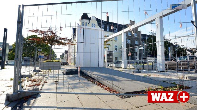 Herner Bauamt fordert Korrekturen an Glashülle für Mahnmal ...