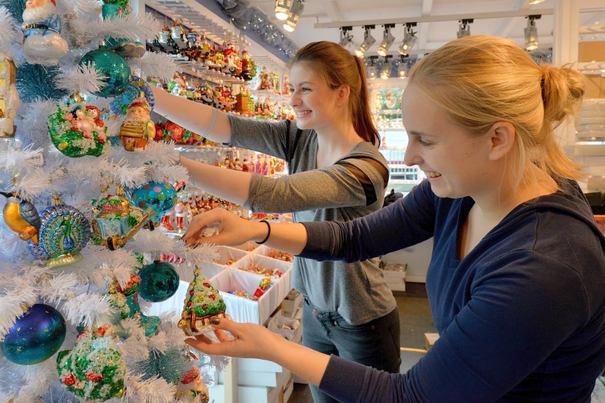 Glühweinpreise Weihnachtsmarkt.43 Essener Weihnachtsmarkt Tasse Glühwein Für Drei Euro Waz De