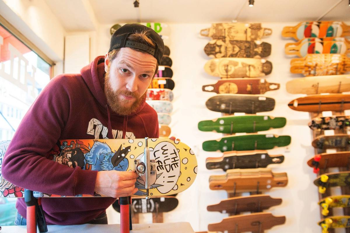 "a7bcd1747f045f Essener ""Sidehill Skateshop"" versorgt Skater im Revier mit Boards ..."