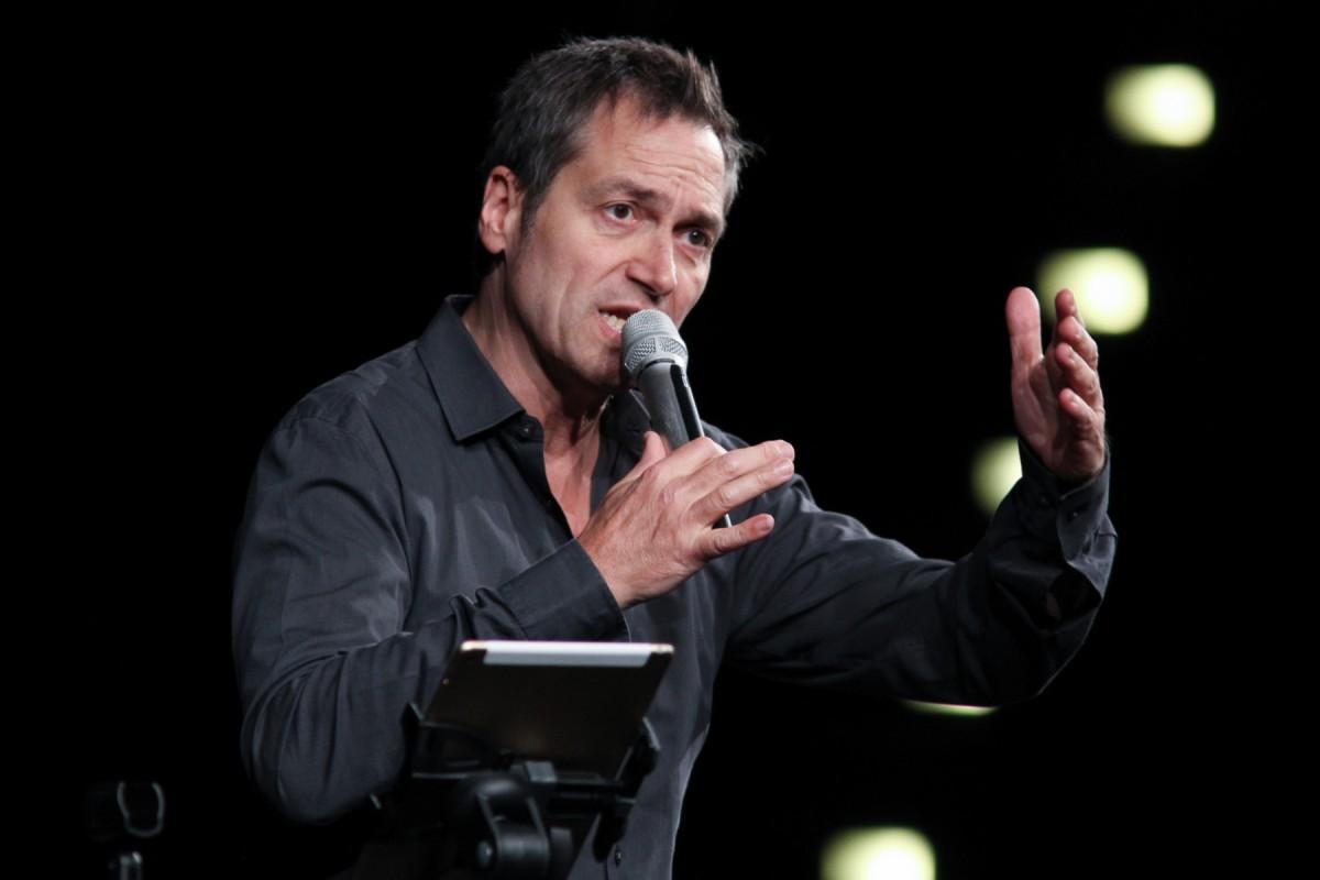 Kabarettist Dieter Nuhr Rappt In Der Grugahalle In Essen Waz De