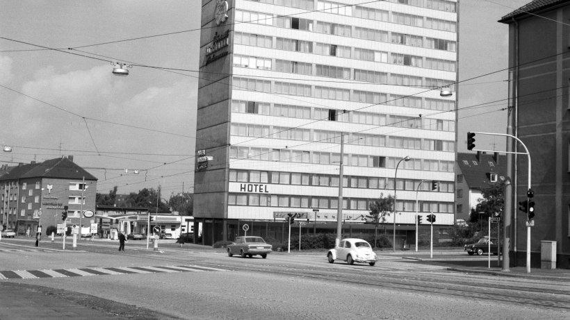Am Lohring Hochhaus In Bochum Ist Der Lack Ab Waz De