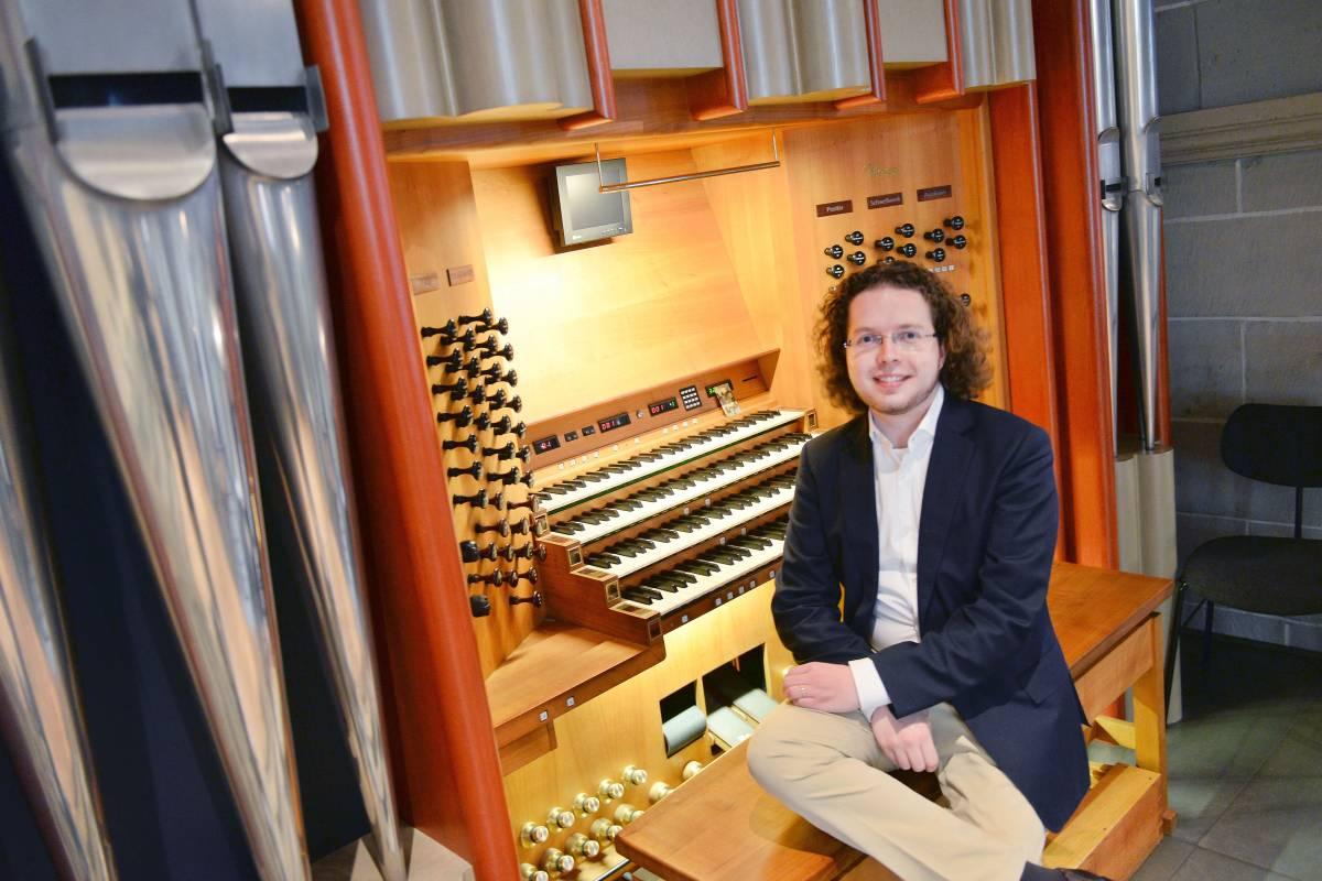 Domorganist macht Rieger-Orgel zum YouTube-Hit   waz de   Essen