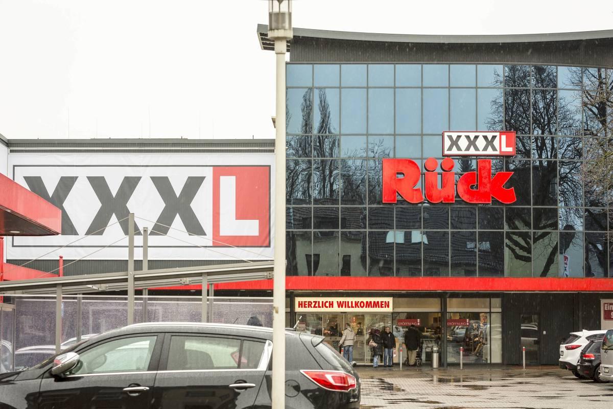 Oberhausener Möbelhaus Rück Xxxl Zahlt 75000 Euro Abfindung Waz