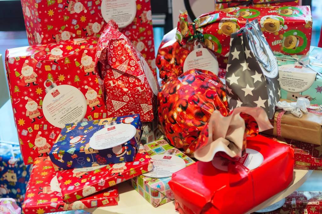 Oh du Schreckliche – Wenn Weihnachtsgeschenke nicht gefallen | waz ...