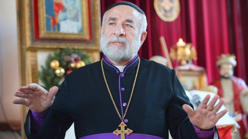 syrisch orthodoxe gemeinde feiert weihnachten mit einer. Black Bedroom Furniture Sets. Home Design Ideas