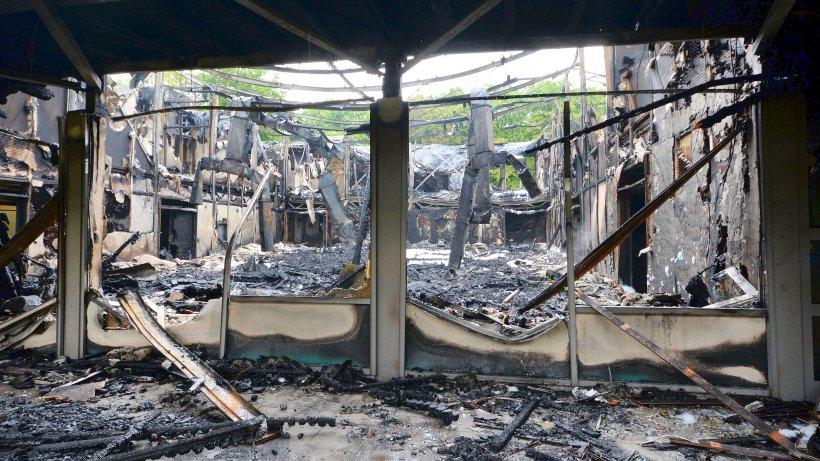 feuer in schule war brandstiftung polizei fasst vier kinder duisburg. Black Bedroom Furniture Sets. Home Design Ideas