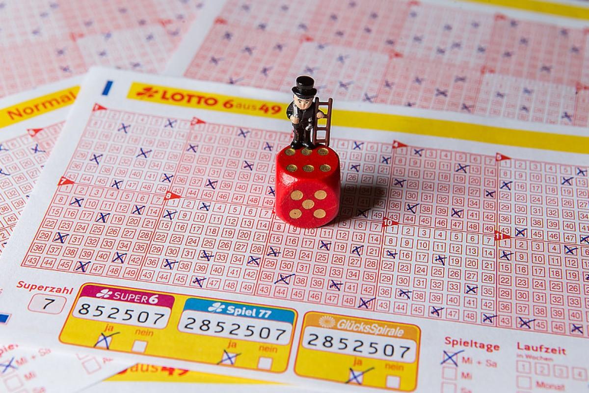 Westlotto Karte.Lotto Spieler Gewinnt 2 5 Millionen Waz De Westlotto