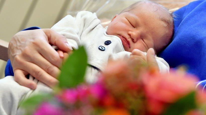 1000 baby kommt in buer zur welt gelsenkirchen buer. Black Bedroom Furniture Sets. Home Design Ideas