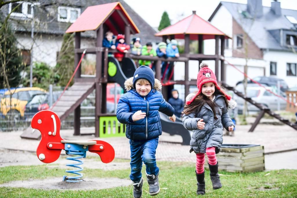Klettergerüst Günstig : Kinder klettergerüst für innen extra günstig kalaydo