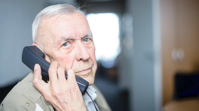 telekom gibt senior 86 seine alte rufnummer nicht zur ck bochum. Black Bedroom Furniture Sets. Home Design Ideas