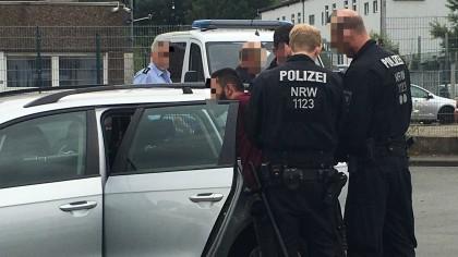 Mehrere Personen sind in Bochum festgenommen worden.