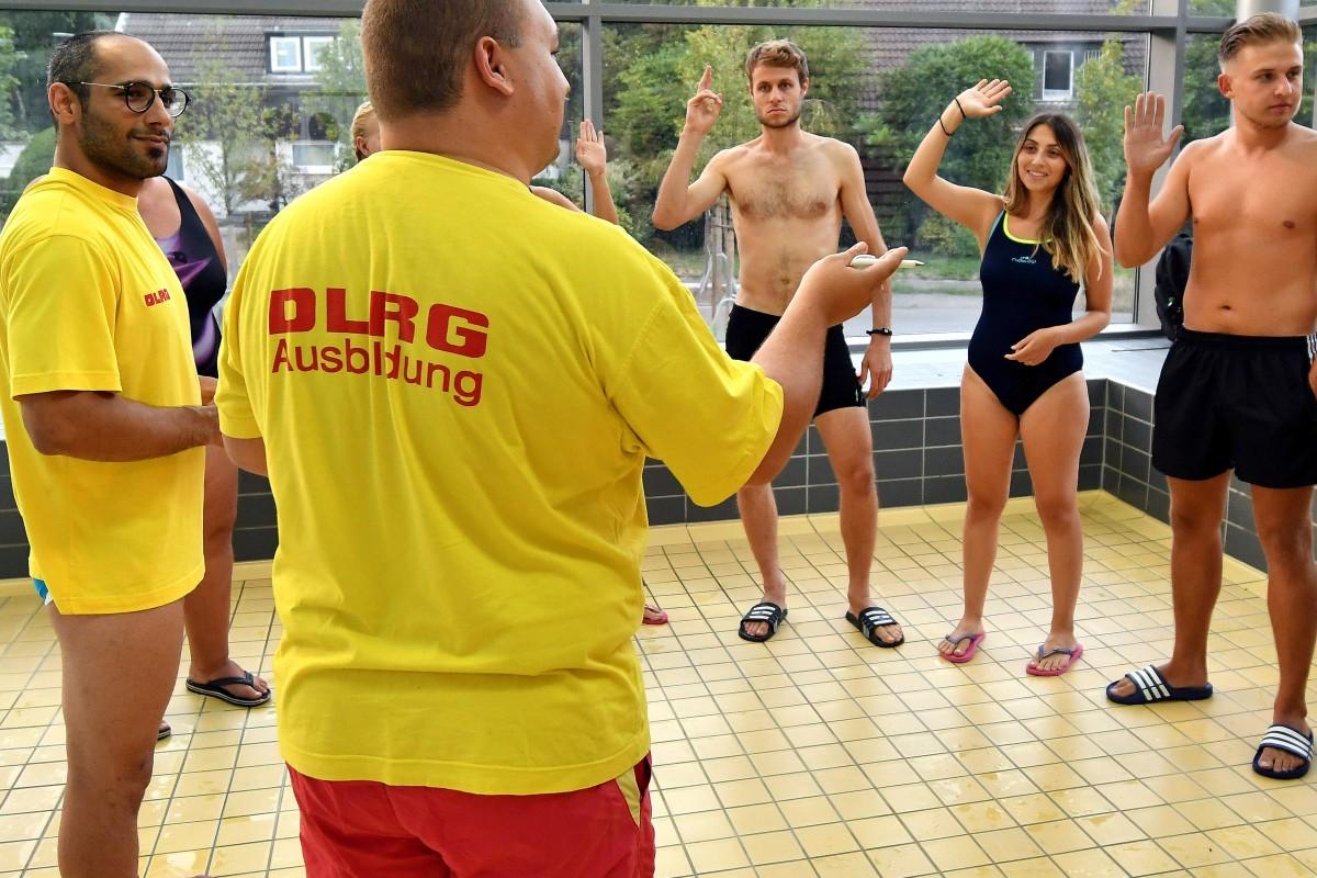 rettungsschwimmer silber anforderungen