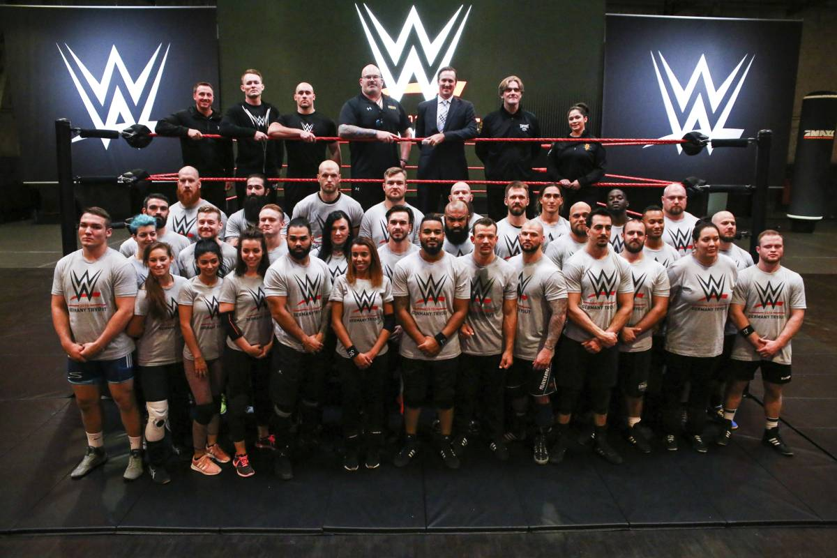 Wwe Superstars datieren Dating-Umleitungen Kompatibilität