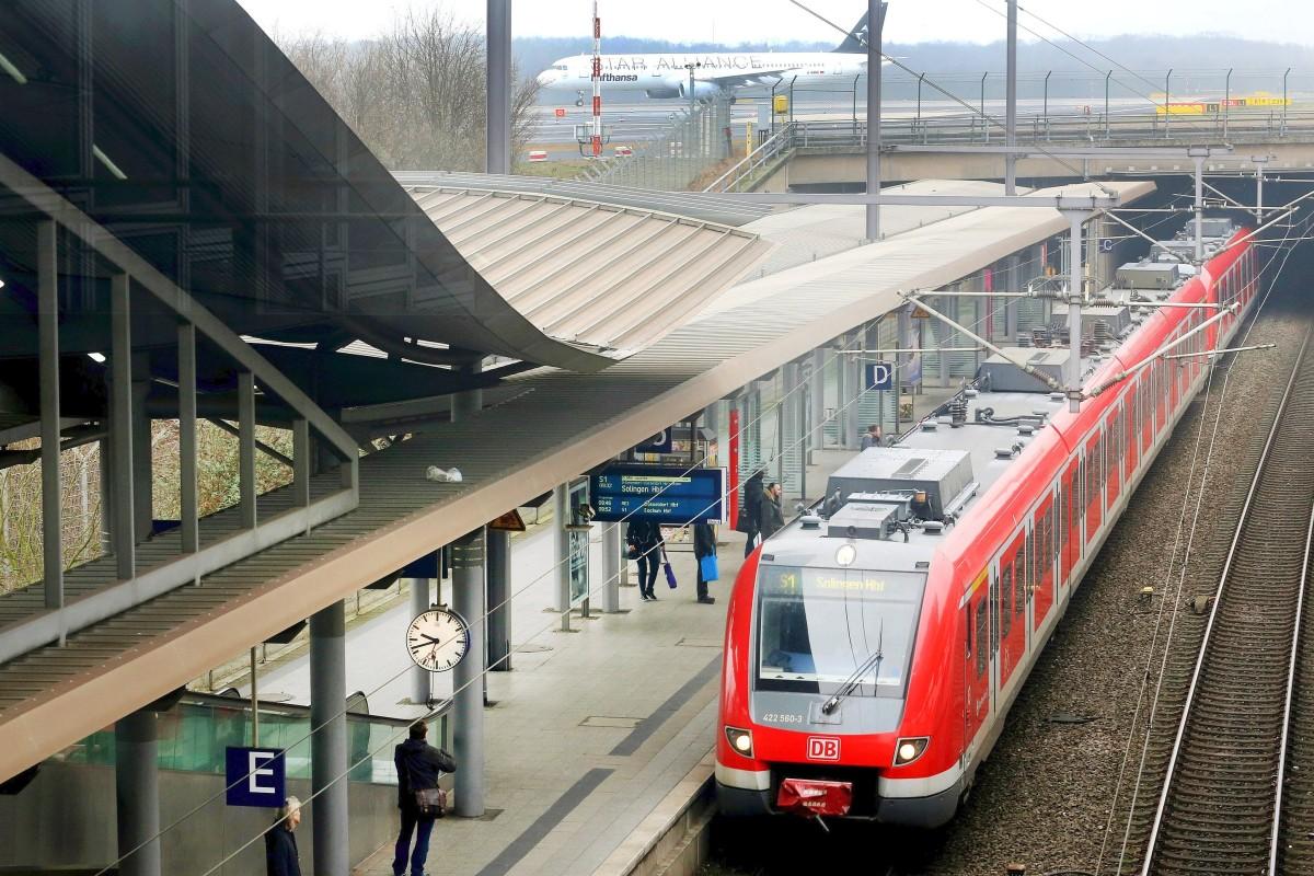 Flughafen Düsseldorf Was Urlauber Zur Anreise Wissen Müssen Waz
