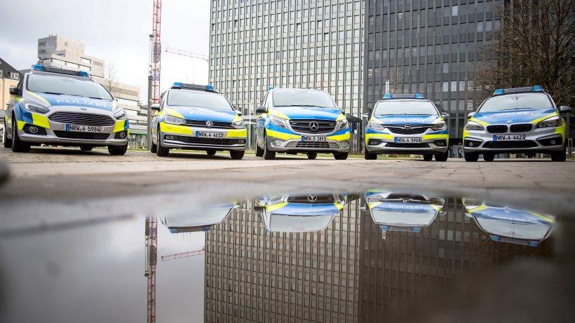 Ford S Max Wird Neuer Streifenwagen Der Nrw Polizei Waz