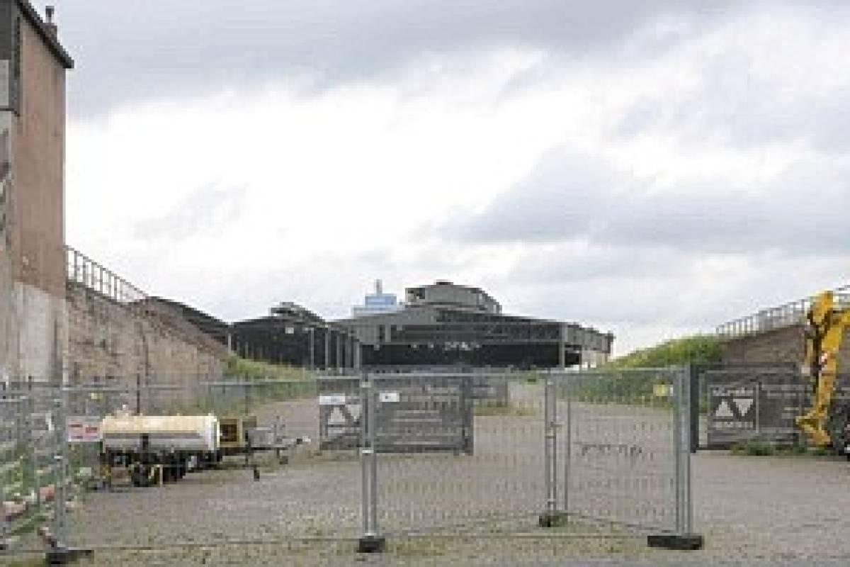 Stadt Und Krieger Zeigen Loveparade Opfern Geheime Pläne Für Rampe