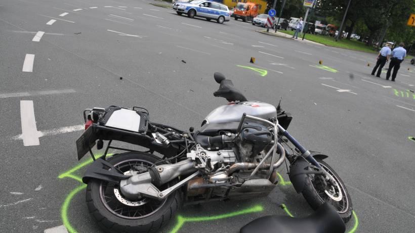 Motorradfahrer Bei Unfall Auf Der B 224 In Essen Schwer Verletzt