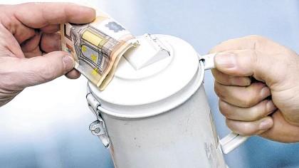 Polizei Mahnt Zu Vorsicht Bei Spendensammlern An Der Tür Wazde