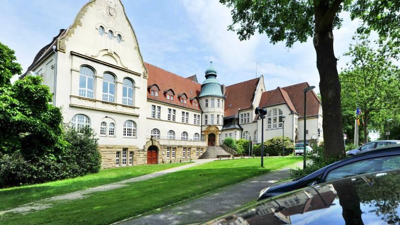 Das Krayer Rathaus Ist Ein Unvermutetes Schmuckstück Wazde Essen
