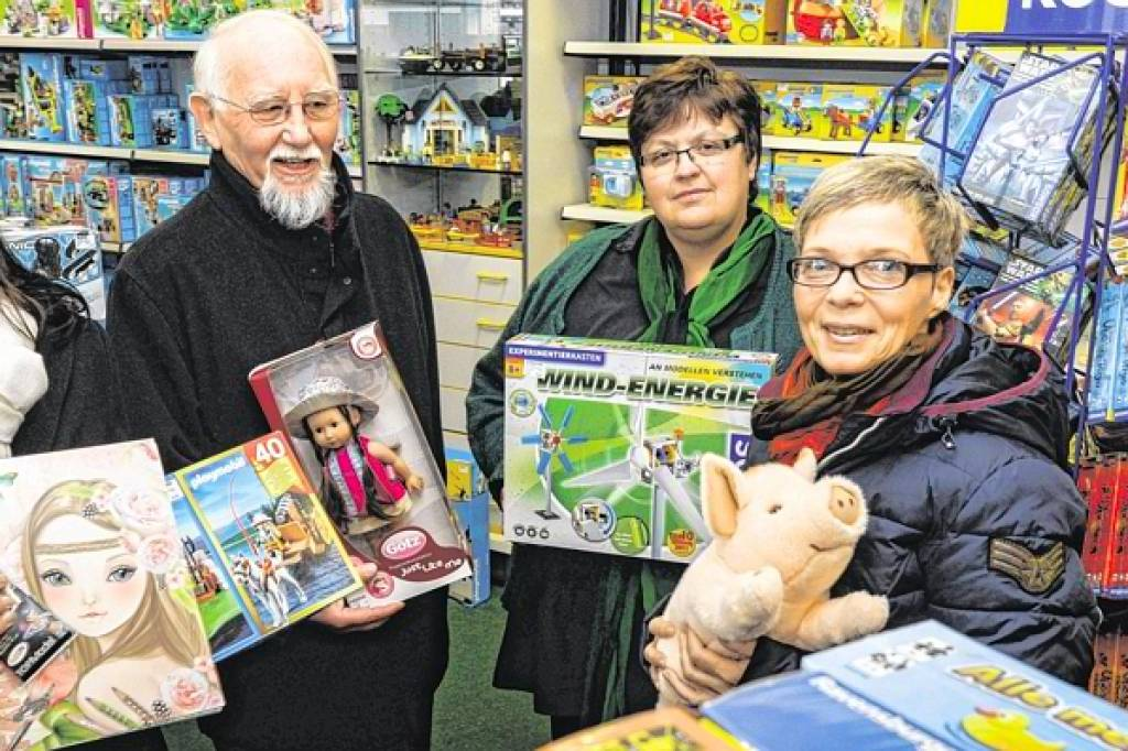 Geschenke für arme Kinder | waz.de | Hattingen