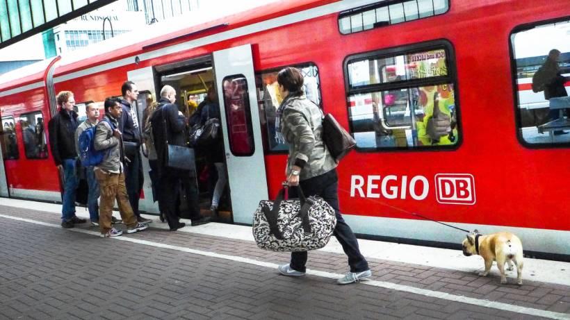 Bahn Probleme Im Ruhrgebiet Dauern An Wazde Essen