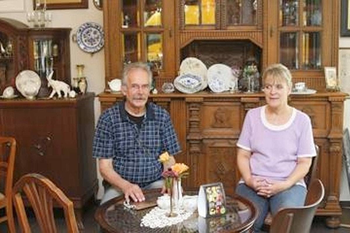 neues cafe bringt antikes flair nach heiligenhaus waz de heiligenhaus