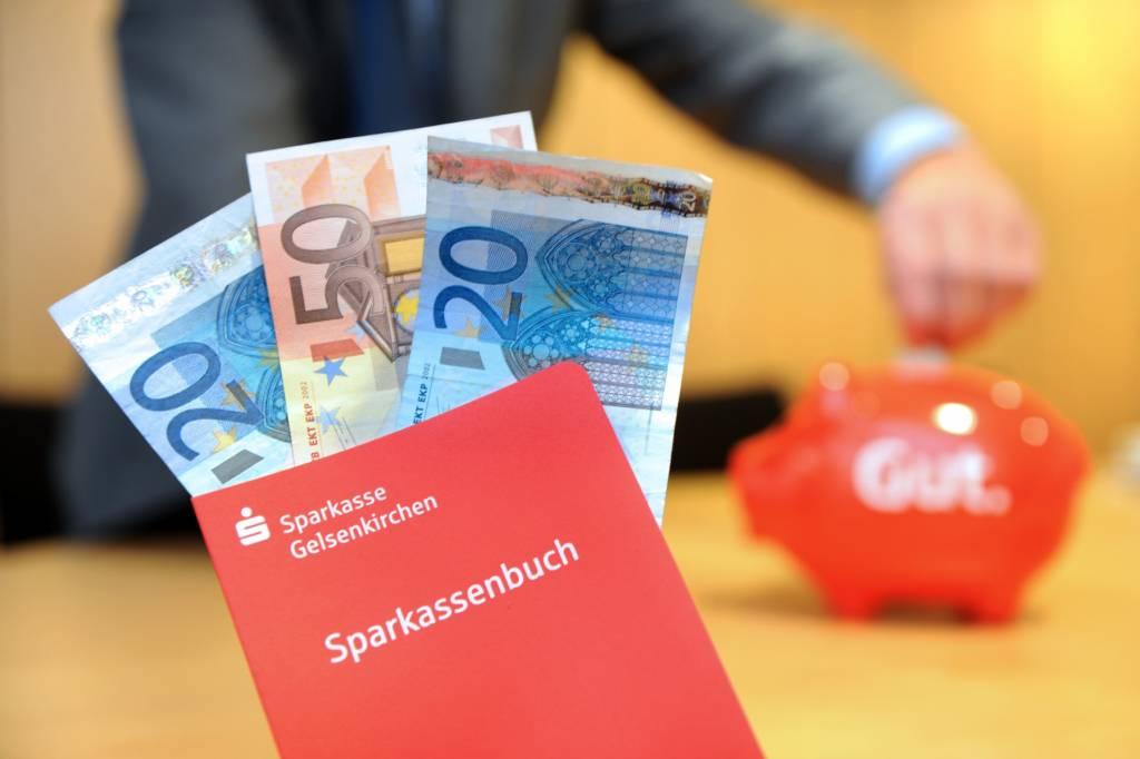 Sparkasse Oberhausen Erhöht Gebühr Für Kleingeld Einzahlung Wazde