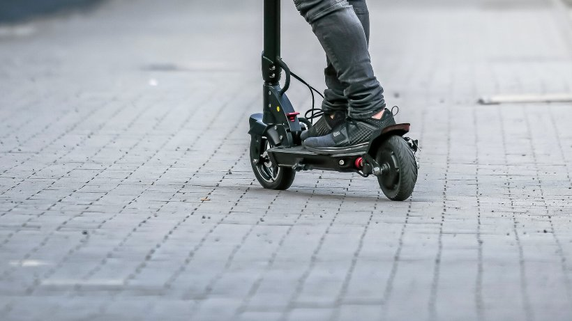 Mit E-Scooter gestürzt: Fahrer aus Bochum hat 2,8 Promille