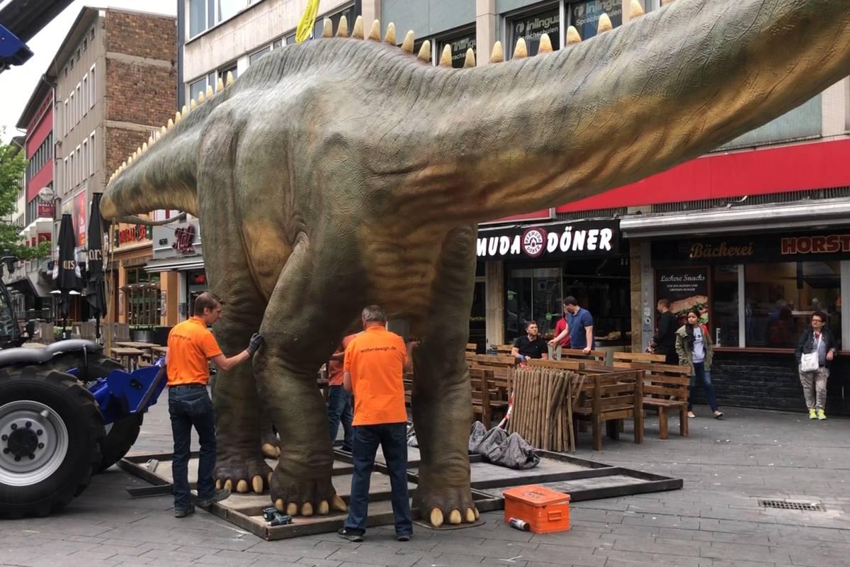 Dino City Bochum Karte.Dinos Sind Los In Bochum Waz De Clips