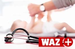 Kinderschutz am Klinikbett: Ob der Beinbruch ein Unfall war?