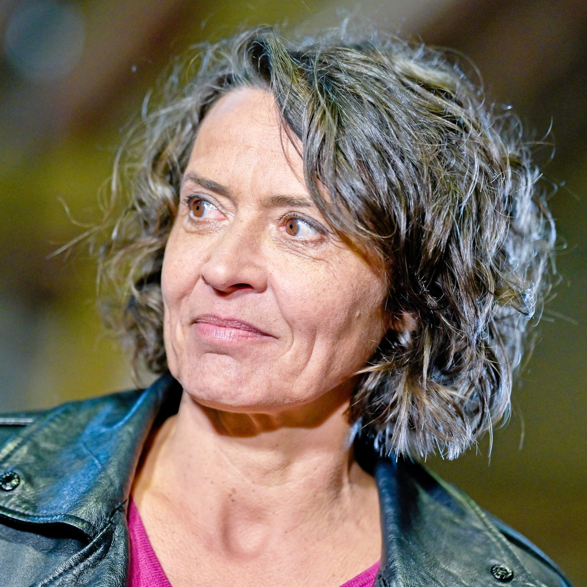 Höfels lesbisch alwara Anne Will