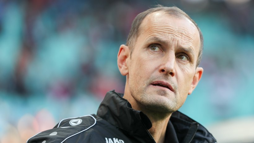 leverkusen trennt sich von trainer herrlich bosz bernimmt 1 bundesliga. Black Bedroom Furniture Sets. Home Design Ideas