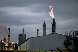 Brennende Fackeln im BP-Chemiewerk können Anwohner stören