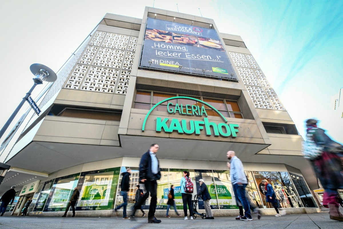 einem Galeria Essen Arbeitsplatzabbau in steht Kaufhof vor VSzMpU