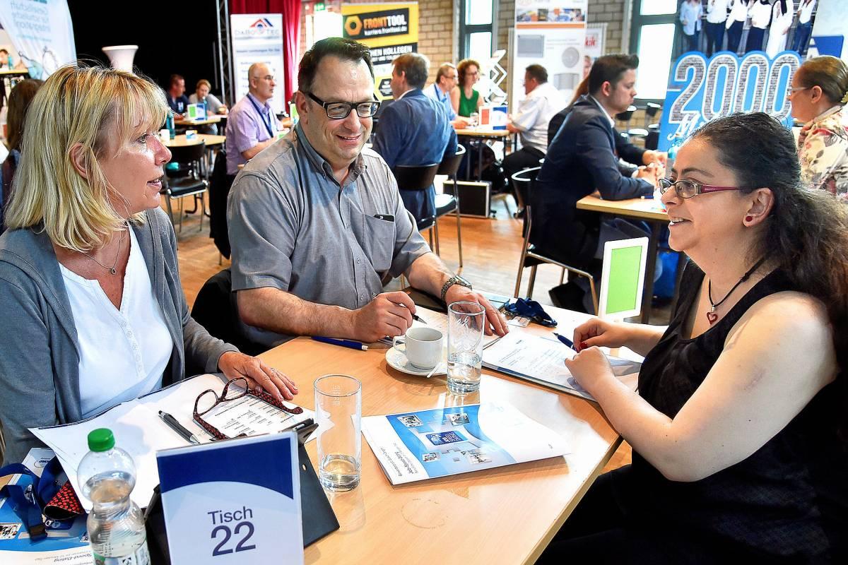 Speed datation arbeitsagentur Augsburg Vitesse de datation Oxford