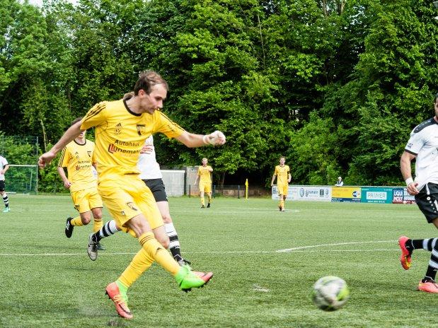 Auch als Fußballer ist Sascha Friedrich schnell unterwegs. Aktuell spielt er für die Sportfreunde Niederwenigern III.