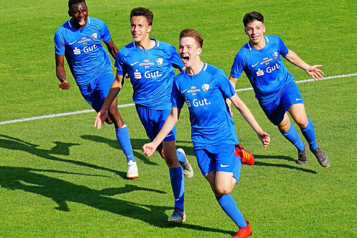 Pokal-Triumph: Die U15 des VfL Bochum bezwingt den BVB