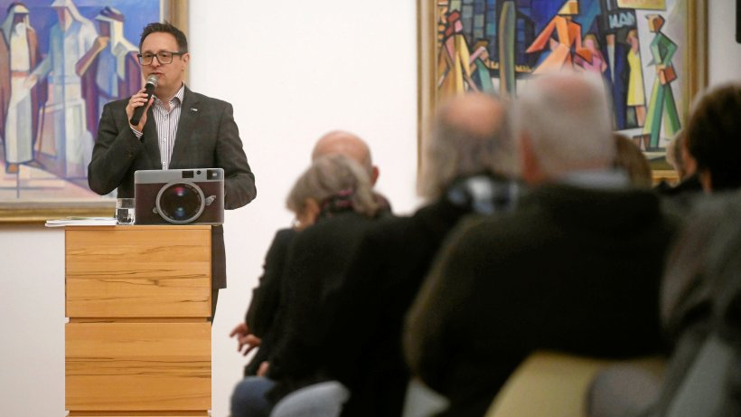 Michael Rubinstein stellt bohrende Fragen in Emmerich - Westdeutsche Allgemeine Zeitung
