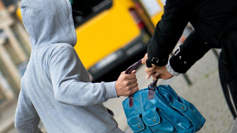 Versuchter Handtaschenraub: Polizei bittet um Hinweise - Westdeutsche Allgemeine Zeitung