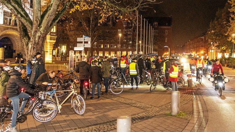 Critical-Mass-Radtouren sollen sich in Gladbeck etablieren - Westdeutsche Allgemeine Zeitung