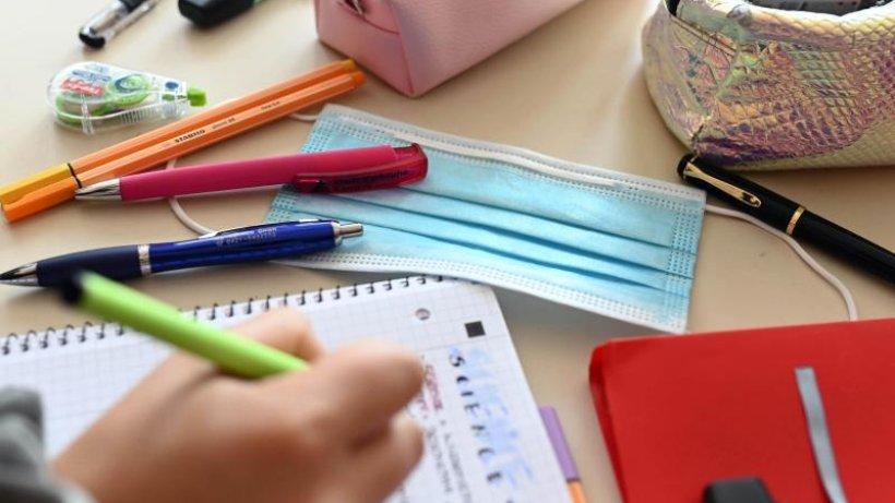 Doppelter Rosettenfick für deutsche Schülerin