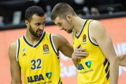 Basketball-Bundesliga: Alba und Bayern bleiben am Spitzentrio dran