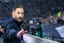 """Fußball: Tedesco warnt Schalke vor 2. Liga: """"Man muss Eier haben"""""""