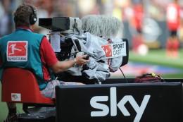 Fußball-Kommentator Dahlmann rechnet mit Bezahlsender Sky ab