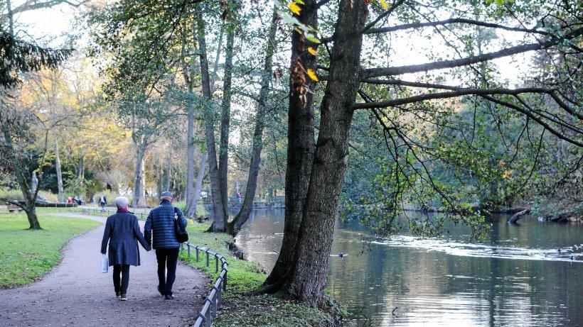Schlosspark-in-Moers-Historischer-Schlosspark-in-Moers-soll-saniert-werden