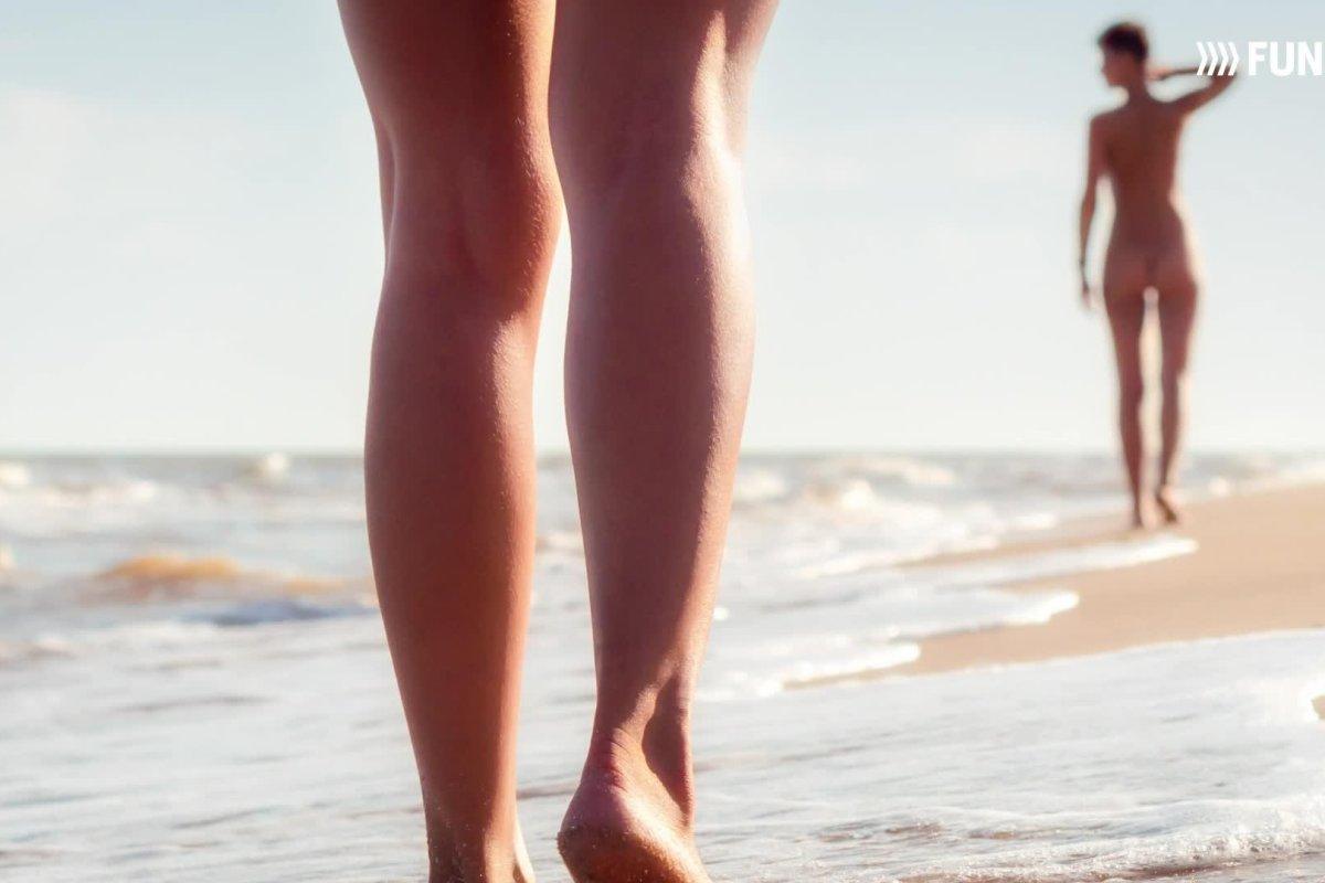 Jungs fkk strand am kleine Strand Jungs