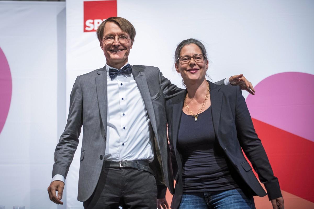 Spd Karl Lauterbach Zieht Sich Aus Fraktionsspitze Zuruck Waz De