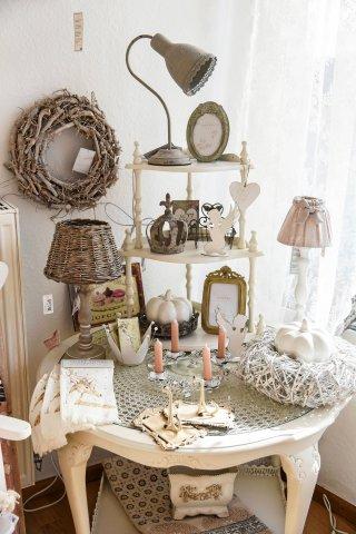 Nicht nur die Möbel gibt es bei Sandra Schönfels, sondern auch passende Deko-Artikel.